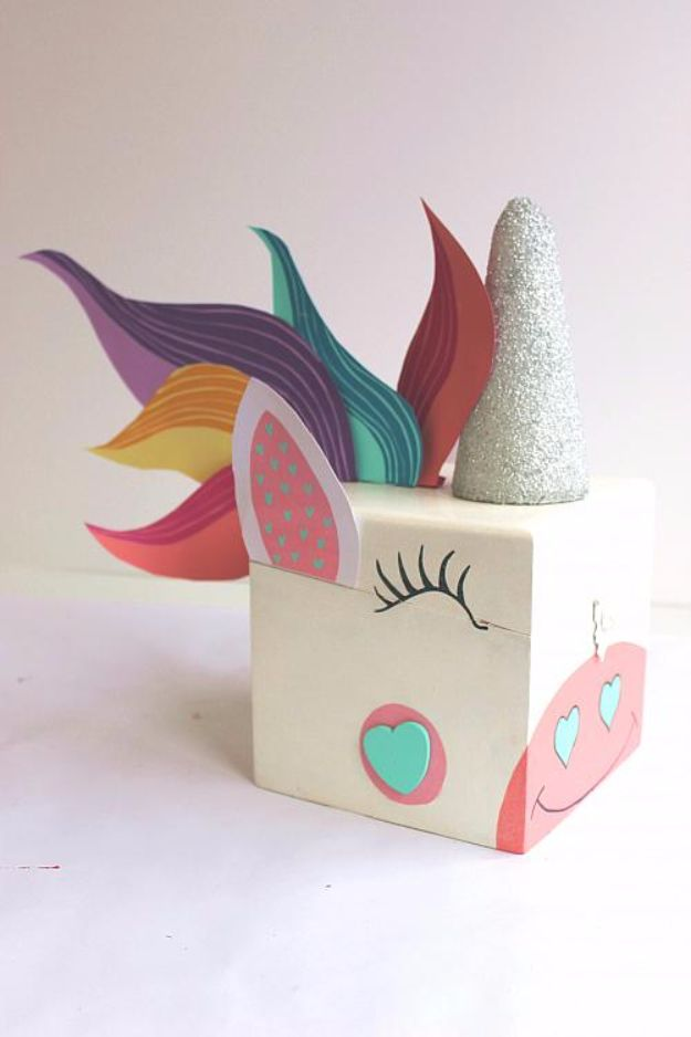 Cheap DIY Valentine's Day Gift Ideas - Unicorn Valentine Box - Make These Easy and Inexpensive Crafts and Valentine Projects - Cute Dollar Store Ideas, Tutorials for Making Jars, Gift Boxes, Pink Red and Heart Shaped Decor - Creative Ways To Say I Love You to Your BFF, Boyfriend, Girlfriend, Husband, Wife and Kids http://diyprojectsforteens.com/cheap-diy-valentines-gifts