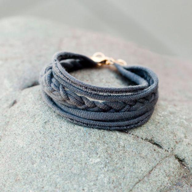 DIY Teen Fashion for Spring - Cool Friendship Bracelet - Easy Homemade Clothing Tutorials and Things To Make To Wear - Cute Patterns and Projects for Teens to Make, T-Shirts, Skirts, Dresses, Shorts and Ideas for Jeans - Tops, Tanks and Tees With Free Tutorial Ideas and Instructions http://diyprojectsforteens.com/teen-fashion-spring