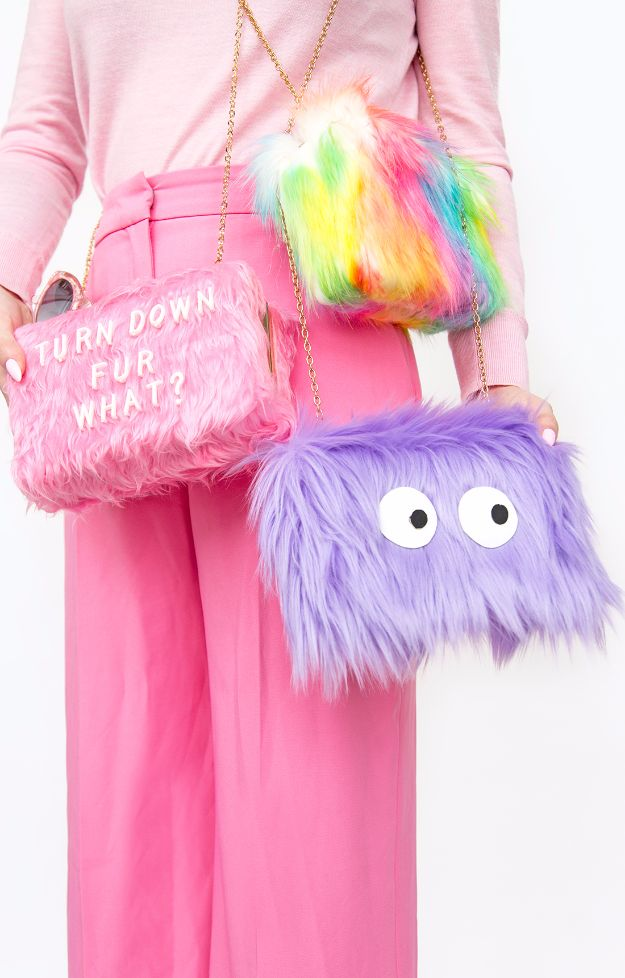 DIY Teen Fashion for Spring - DIY Colorful Faux Fur Clutches - Easy Homemade Clothing Tutorials and Things To Make To Wear - Cute Patterns and Projects for Teens to Make, T-Shirts, Skirts, Dresses, Shorts and Ideas for Jeans - Tops, Tanks and Tees With Free Tutorial Ideas and Instructions http://diyprojectsforteens.com/teen-fashion-spring