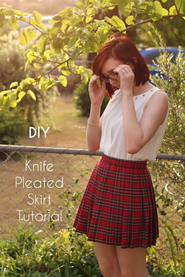 DIY Teen Fashion for Spring - DIY Knife Pleated Skirt - Easy Homemade Clothing Tutorials and Things To Make To Wear - Cute Patterns and Projects for Teens to Make, T-Shirts, Skirts, Dresses, Shorts and Ideas for Jeans - Tops, Tanks and Tees With Free Tutorial Ideas and Instructions http://diyprojectsforteens.com/teen-fashion-spring