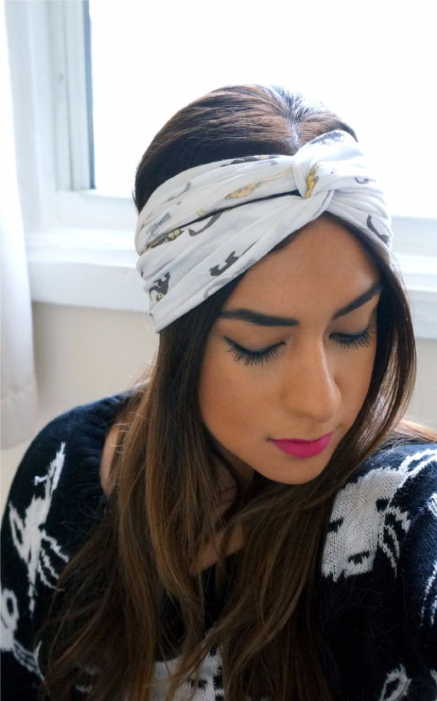 DIY Teen Fashion for Spring - DIY No Sew Turban Headband - Easy Homemade Clothing Tutorials and Things To Make To Wear - Cute Patterns and Projects for Teens to Make, T-Shirts, Skirts, Dresses, Shorts and Ideas for Jeans - Tops, Tanks and Tees With Free Tutorial Ideas and Instructions http://diyprojectsforteens.com/teen-fashion-spring