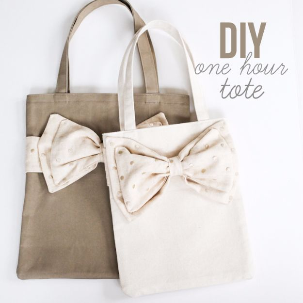 DIY Teen Fashion for Spring - DIY One Hour Tote - Easy Homemade Clothing Tutorials and Things To Make To Wear - Cute Patterns and Projects for Teens to Make, T-Shirts, Skirts, Dresses, Shorts and Ideas for Jeans - Tops, Tanks and Tees With Free Tutorial Ideas and Instructions http://diyprojectsforteens.com/teen-fashion-spring