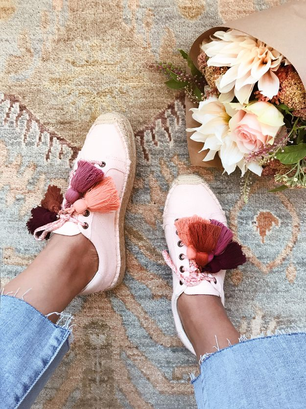 DIY Teen Fashion for Spring - DIY Tassel Espadrille Sneakers - Easy Homemade Clothing Tutorials and Things To Make To Wear - Cute Patterns and Projects for Teens to Make, T-Shirts, Skirts, Dresses, Shorts and Ideas for Jeans - Tops, Tanks and Tees With Free Tutorial Ideas and Instructions http://diyprojectsforteens.com/teen-fashion-spring