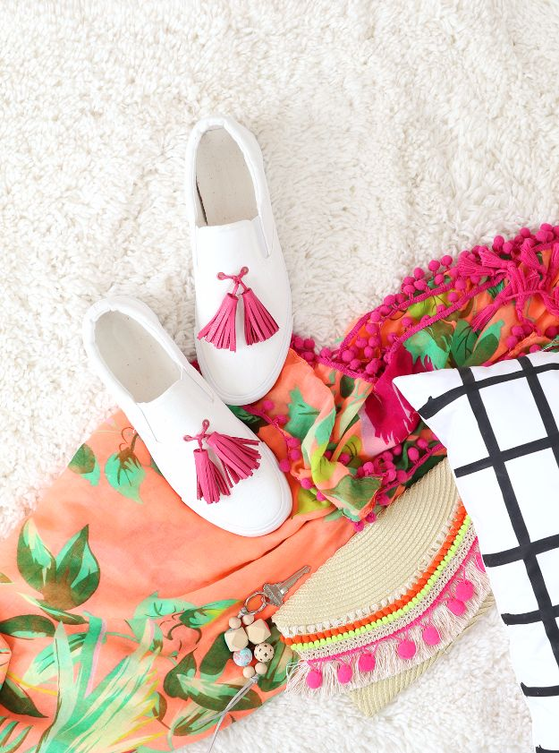 DIY Teen Fashion for Spring - DIY Tassel Sneakers with Crop-A-Dile Big Bite - Easy Homemade Clothing Tutorials and Things To Make To Wear - Cute Patterns and Projects for Teens to Make, T-Shirts, Skirts, Dresses, Shorts and Ideas for Jeans - Tops, Tanks and Tees With Free Tutorial Ideas and Instructions http://diyprojectsforteens.com/teen-fashion-spring