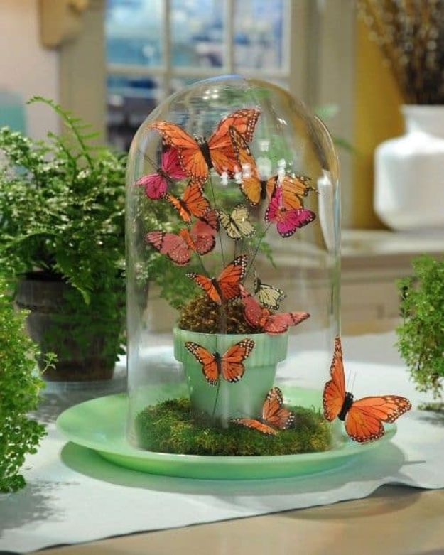 DIY Ideas With Butterflies - Butterfly Glass Jars - Cute and Easy DIY Projects for Butterfly Lovers - Wall and Home Decor Projects, Things To Make and Sell on Etsy - Quick Gifts to Make for Friends and Family - Homemade No Sew Projects- Fun Jewelry, Cool Clothes and Accessories http://diyprojectsforteens.com/diy-ideas-butterflies