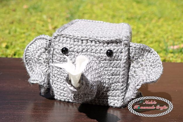 DIY Ideas With Elephants - Elephant Tissue Box Cover - Easy Wall Art Ideas, Crafts, Jewelry, Arts and Craft Projects for Kids, Teens and Adults- Simple Canvases, Throw Pillows, Cute Paintings for Nurseries, Dollar Store Crafts and Fun Dorm Room and Bedroom Decor - Tutorials for Crafty Ideas Decorated With an Elephant http://diyprojectsforteens.com/diy-ideas-elephants