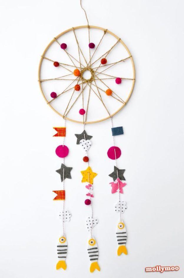 DIY Dream Catchers - Cute Dreamcatcher - How to Make a Dreamcatcher Step by Step Tutorial - Easy Ideas for Dream Catcher for Kids Room - Make a Mobile, Moon Designs, Pattern Ideas, Boho Dreamcatcher With Sticks, Cool Wall Hangings for Teen Rooms - Cheap Home Decor Ideas on A Budget #diyideas #teencrafts #dreamcatchers