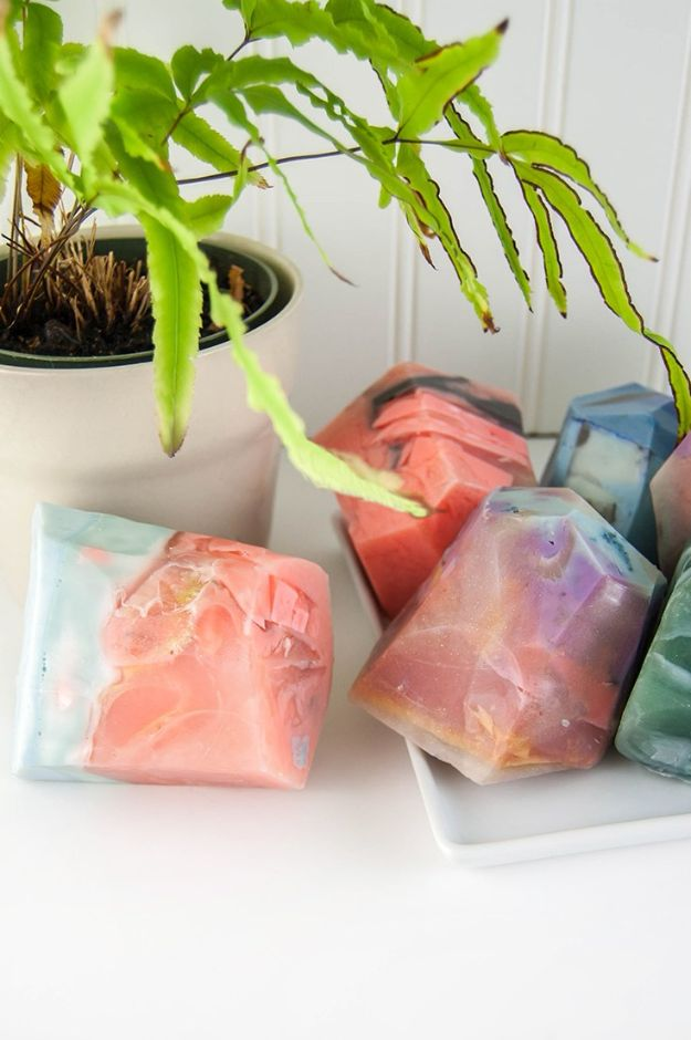 Soap Recipes DIY - DIY Soap Rocks - DIY Soap Recipe Ideas - Best Soap Tutorials for Soap Making Without Lye - Easy Cold Process Melt and Pour Tips for Beginners - Crockpot, Essential Oils, Homemade Natural Soaps and Products - Creative Crafts and DIY for Teens, Kids and Adults #soaprecipes #diygifts #soapmaking