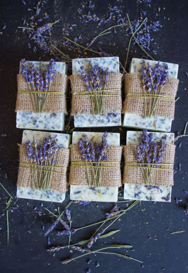 Soap Recipes DIY - Lavender Honey Lemon Soap - DIY Soap Recipe Ideas - Best Soap Tutorials for Soap Making Without Lye - Easy Cold Process Melt and Pour Tips for Beginners - Crockpot, Essential Oils, Homemade Natural Soaps and Products - Creative Crafts and DIY for Teens, Kids and Adults http://diyprojectsforteens.com/cool-soap-recipes