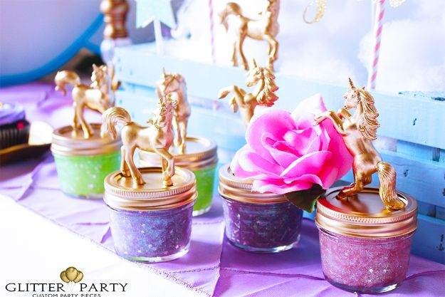 DIY Unicorn Party Ideas - Unicorn Party Favor - Throw A Unicorn Themed Party With These Cheap and Easy but Super Creative Projects - Unicorns Decorations for Parties With Rainbow, Glitter and Fun Colors - Banners, Signs, Cakes and Tabletop Decor for the Best Birthday Party Ever - Girls, Teens and Kids Love These Fun Crafts #birthdayparty #partyideas #unicorn #kidparty