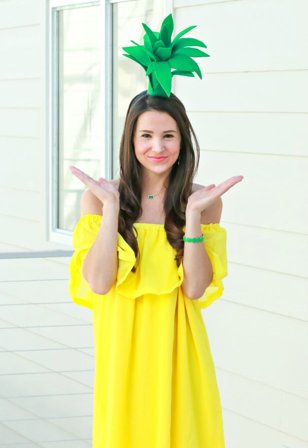 Teen Costume Ideas - $3 DIY Pineapple Costume - Easy Costumes for Halloween - Cheap DIY Costumes for Teens - Scary, Spooky, Ideas for Couples, Groups and Friends - Quick Last Minute Hallloween Costumes, Best Celebrity Ideas - Dolls, Zombies, Ghosts, Makeup Tutorials Teenagers Dress Up Idea-