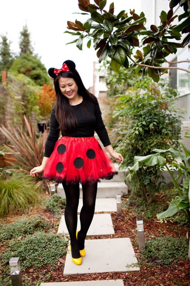 Teen Costume Ideas - DIY Minnie Mouse Costume - Easy Costumes for Halloween - Cheap DIY Costumes for Teens - Scary, Spooky, Ideas for Couples, Groups and Friends - Quick Last Minute Hallloween Costumes, Best Celebrity Ideas - Dolls, Zombies, Ghosts, Makeup Tutorials Teenagers Dress Up Idea-