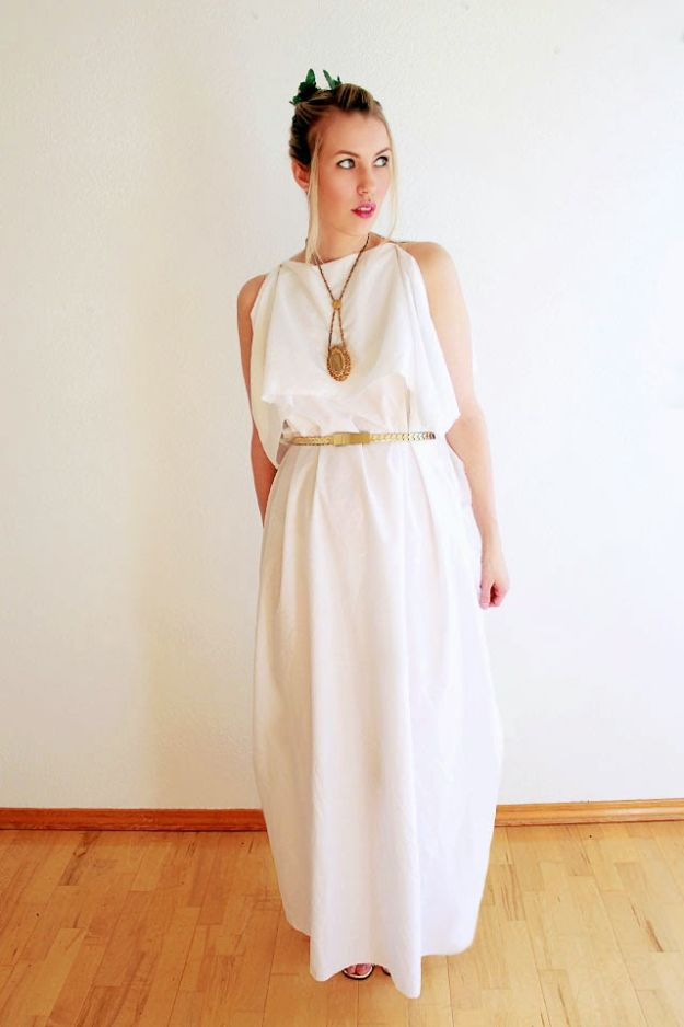 Teen Costume Ideas - Greek Goddess - Easy Costumes for Halloween - Cheap DIY Costumes for Teens - Scary, Spooky, Ideas for Couples, Groups and Friends - Quick Last Minute Hallloween Costumes, Best Celebrity Ideas - Dolls, Zombies, Ghosts, Makeup Tutorials Teenagers Dress Up Idea- http://diyprojectsforteens.com/diy-teen-costume-deas