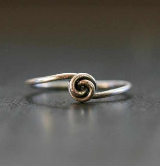 DIY Rings - Lovely Wire Knot Ring
