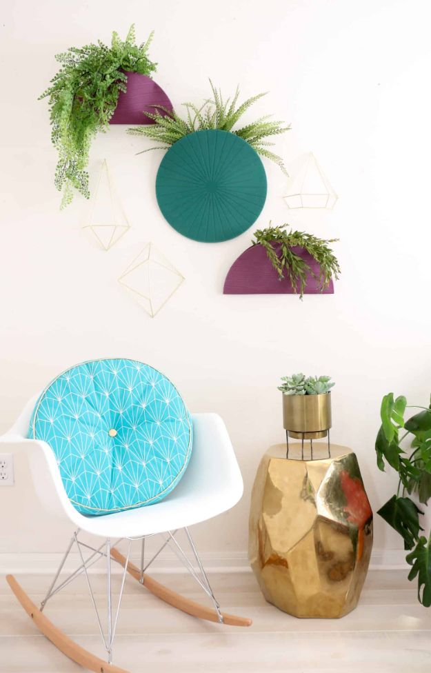 Cheap Wall Decor Ideas - Turn Placemats Into Hanging Planters - Cute and Easy Room Decor for Teens - Ideas for Teenager Bedroom Walls - Boys and Girls Room Canvas Wall Art and Decorating #teen #roomdecor #diydecor