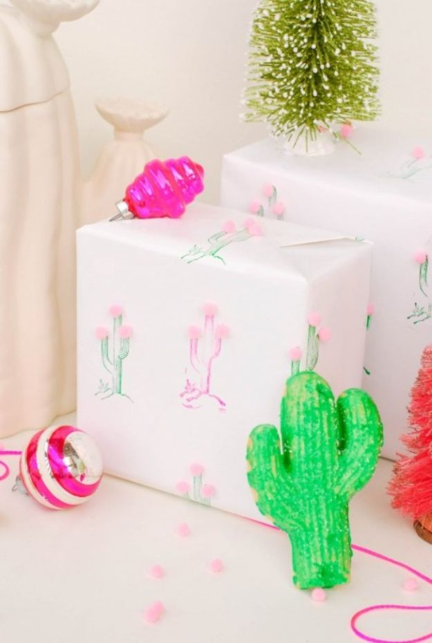 DIY Cactus Crafts | Cactus Pom Pom Gift Wrap l Craft Ideas and Home Decor | Painting Tutorials, Gifts, Rocks, Cardboard, Wood Cactus Decorations