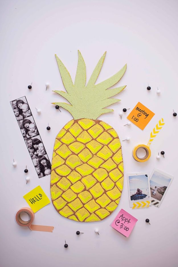 Pineapple Crafts - DIY Fruit Bulletin Board - Cute Craft Projects That Make Cool DIY Gifts - Wall Decor, Bedroom Art, Jewelry Idea