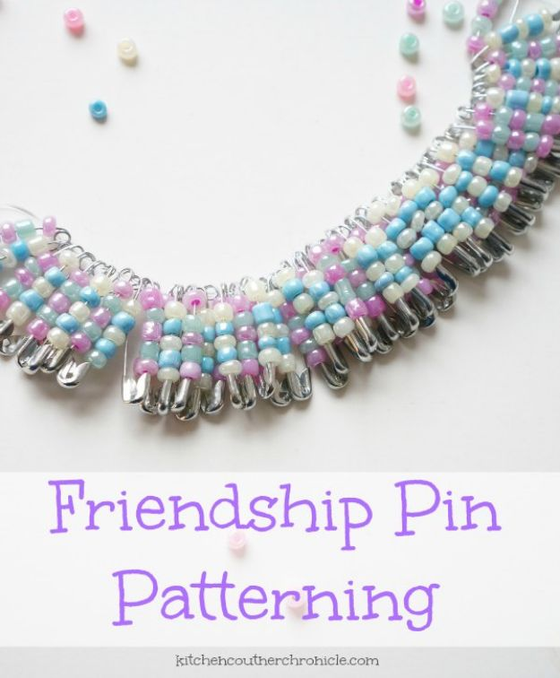 Easy Crafts for Teen Girls | Cool Friendship Pin Craft l Fun Craft and DIY Ideas for Teenagers and Tween Girl | Room Decor and Gifts
